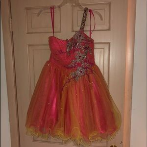 Dresses & Skirts - Pink and orange one strap cocktail dress